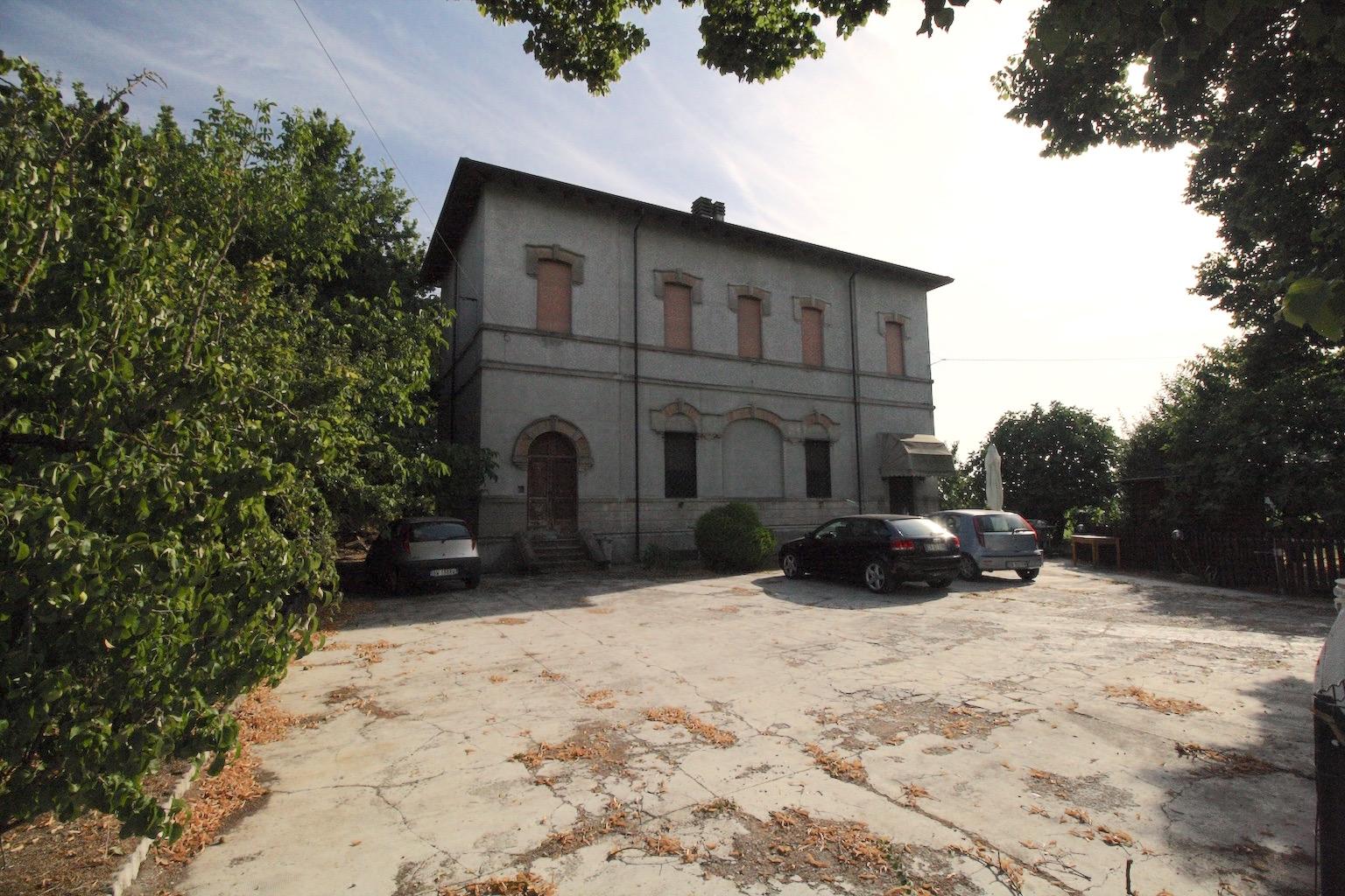 Altro in vendita a Campegine, 5 locali, zona Zona: Lora, prezzo € 65.000 | CambioCasa.it