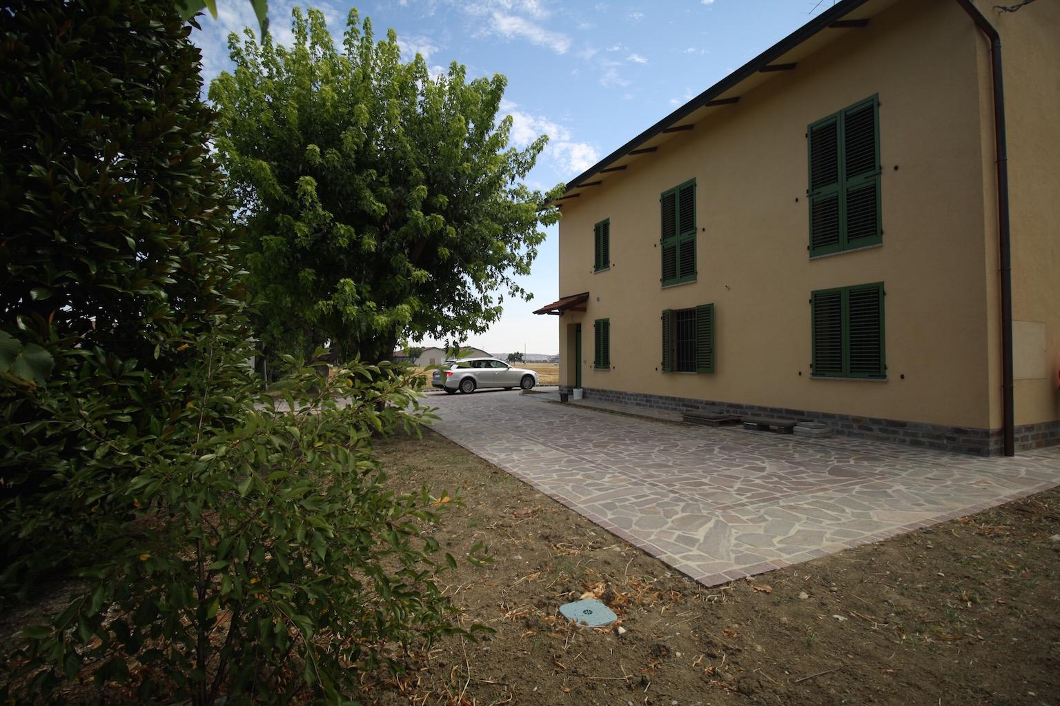 Appartamento in affitto a Sant'Ilario d'Enza, 2 locali, zona Zona: Calerno, prezzo € 450 | CambioCasa.it