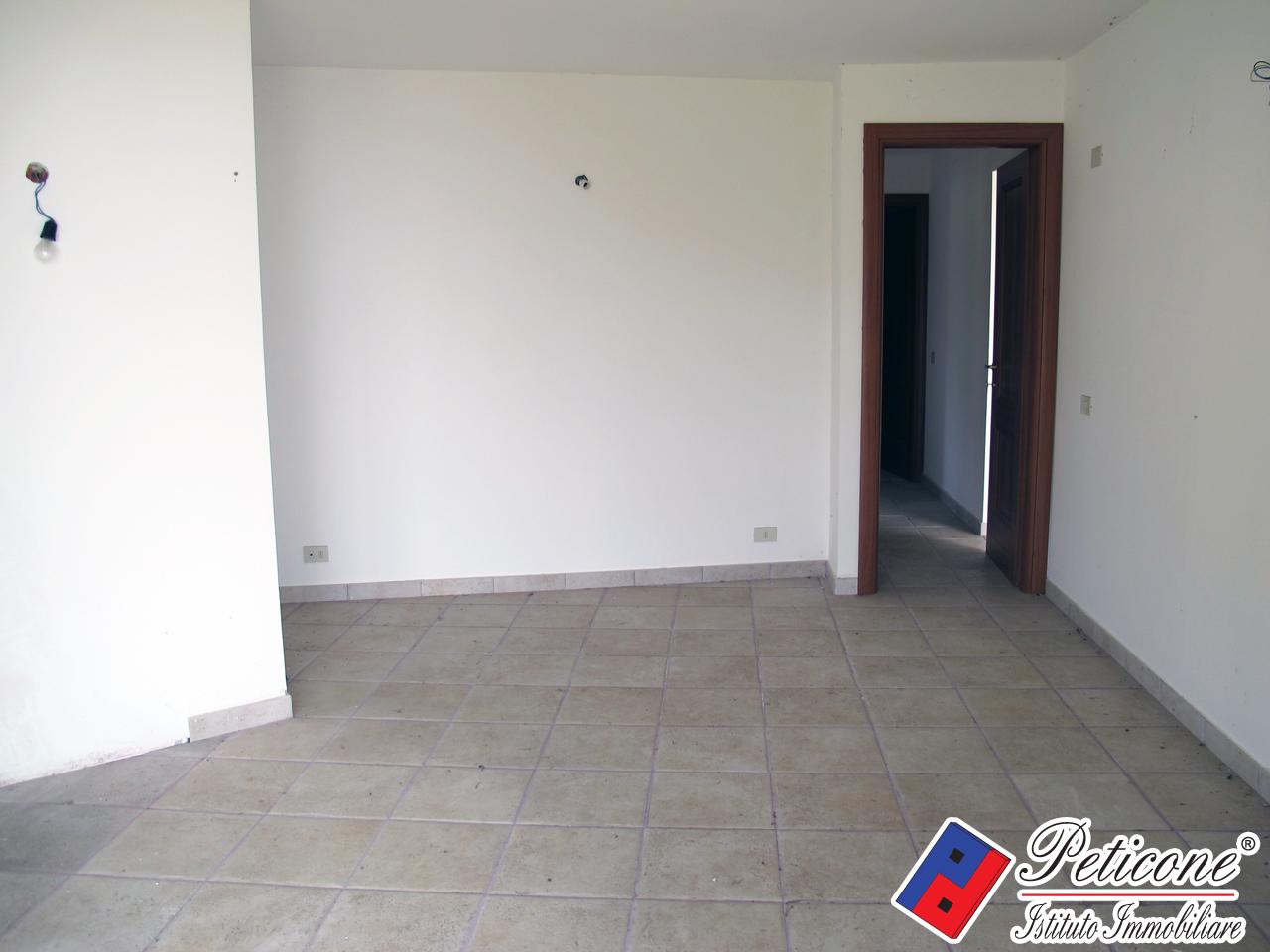 Appartamento in Vendita a Sperlonga: 1 locali, 45 mq - Foto 5