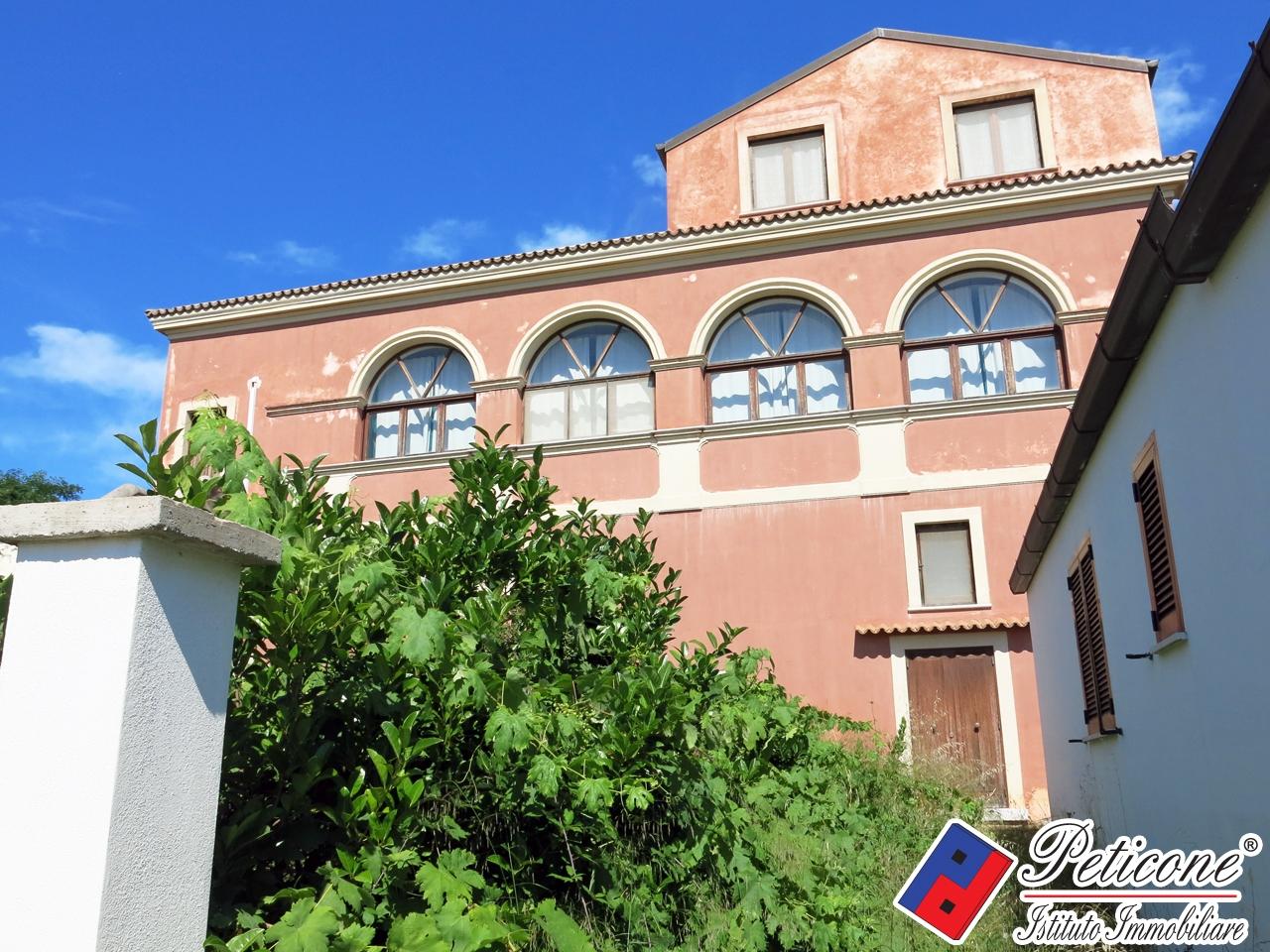Villa in Vendita a Gaeta: 5 locali, 250 mq - Foto 1