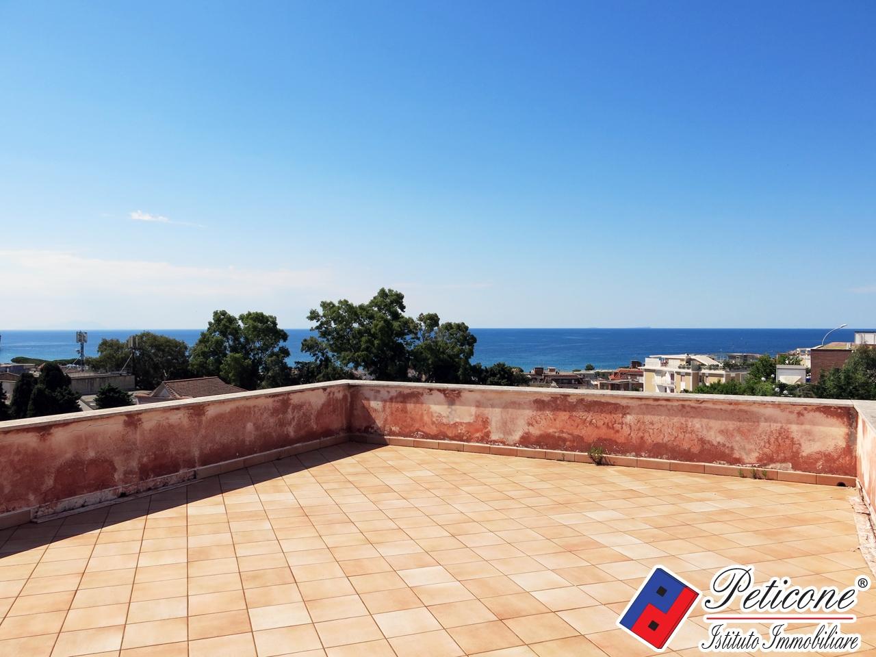 Villa in Vendita a Gaeta: 5 locali, 250 mq - Foto 2