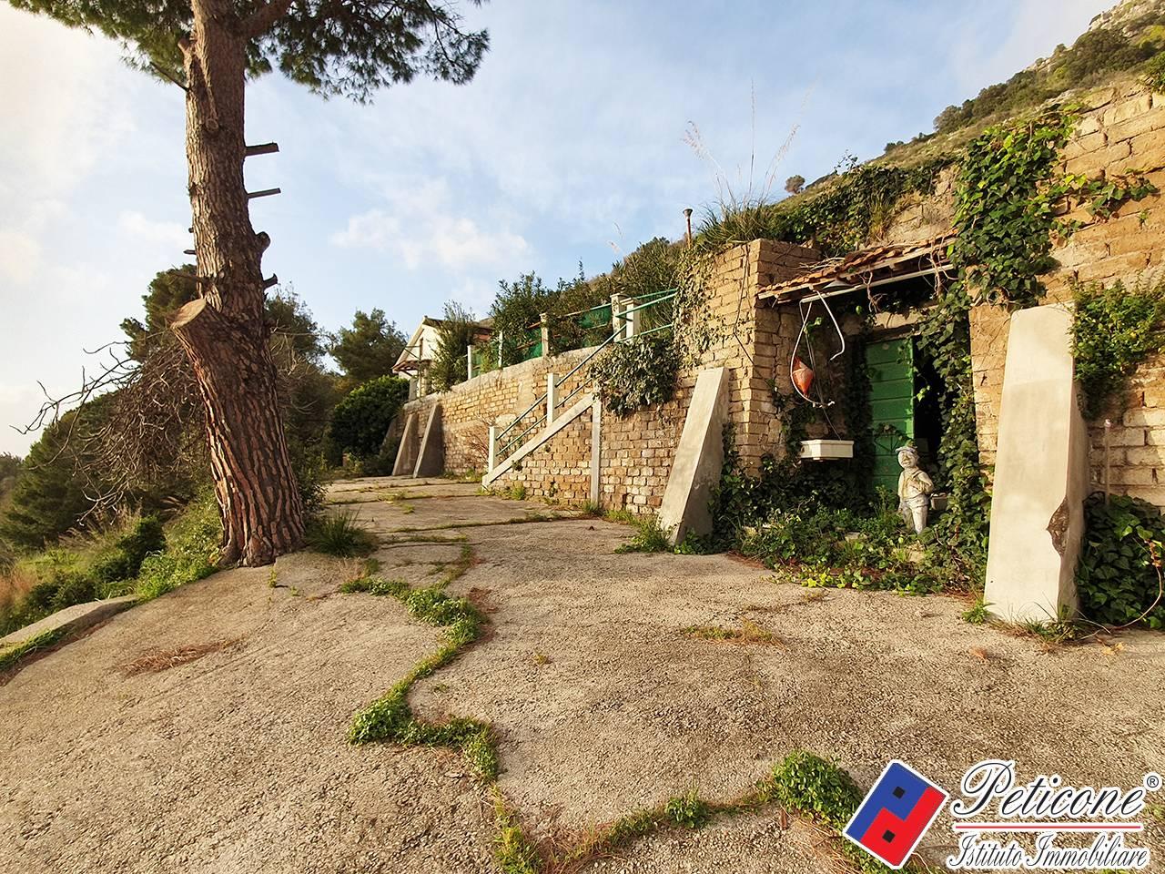 Villa in Vendita a Sperlonga: 3 locali, 50 mq - Foto 1