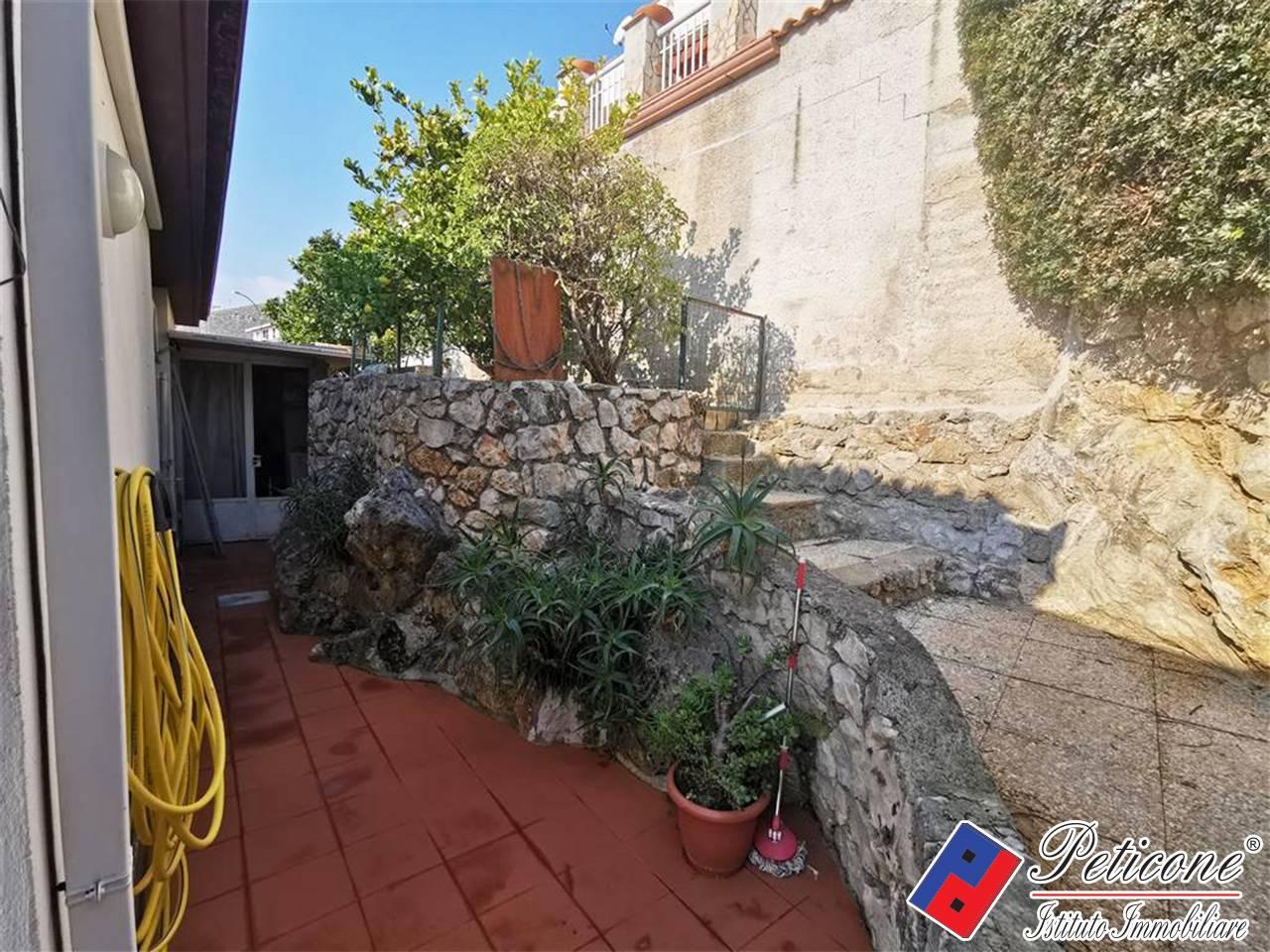 Villa in Vendita a Formia: 5 locali, 100 mq - Foto 13