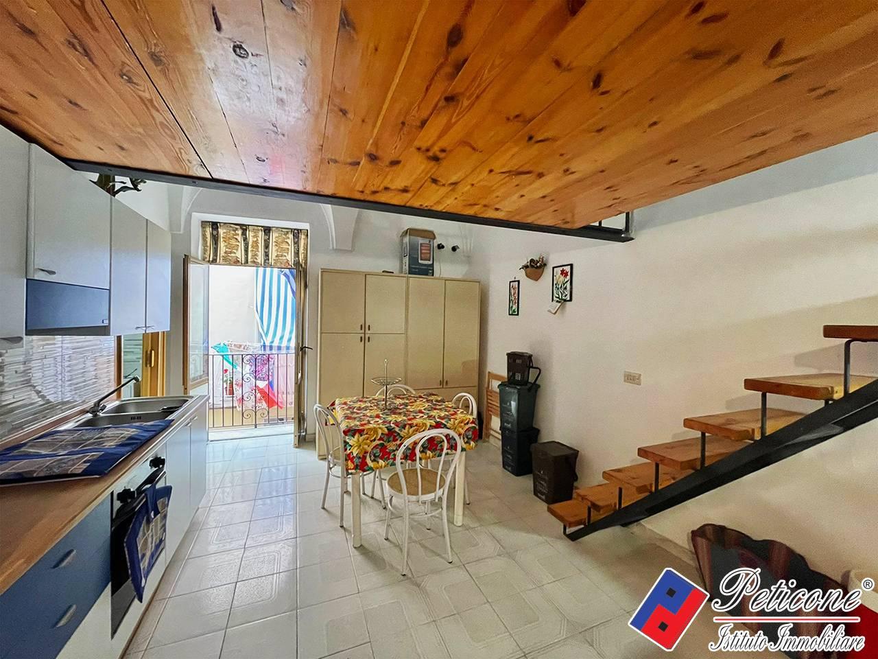 Appartamento in Vendita a Gaeta via della indipendenza