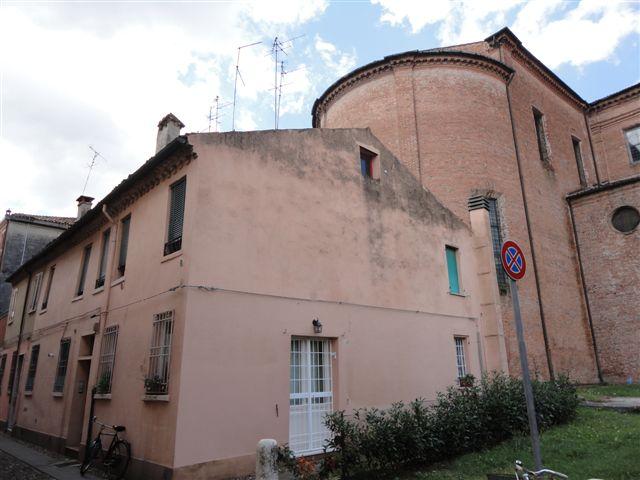 Appartamento in affitto a Ferrara, 2 locali, zona Località: Centrostorico, prezzo € 411 | CambioCasa.it
