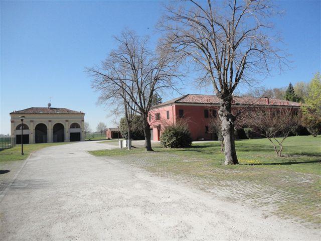 Soluzione Indipendente in affitto a Masi Torello, 5 locali, prezzo € 680 | Cambio Casa.it