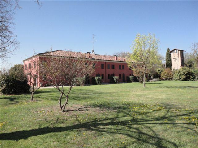 Soluzione Indipendente in affitto a Masi Torello, 4 locali, prezzo € 480 | CambioCasa.it