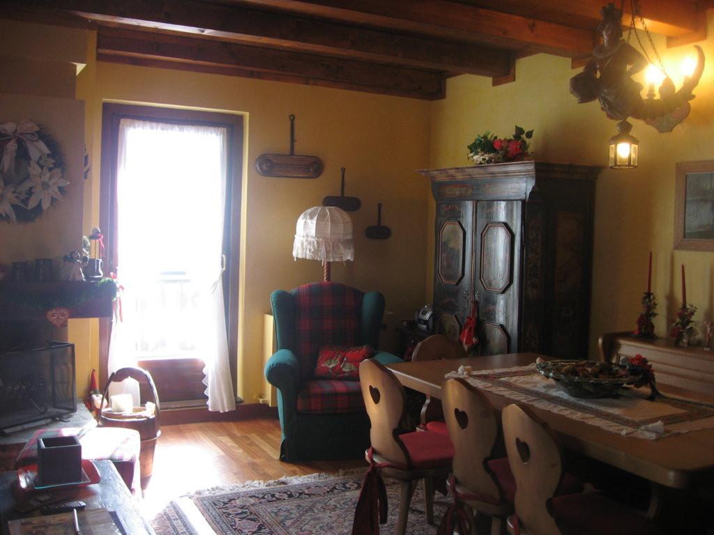 Appartamento in vendita a Fiera di Primiero, 4 locali, prezzo € 540.000 | CambioCasa.it