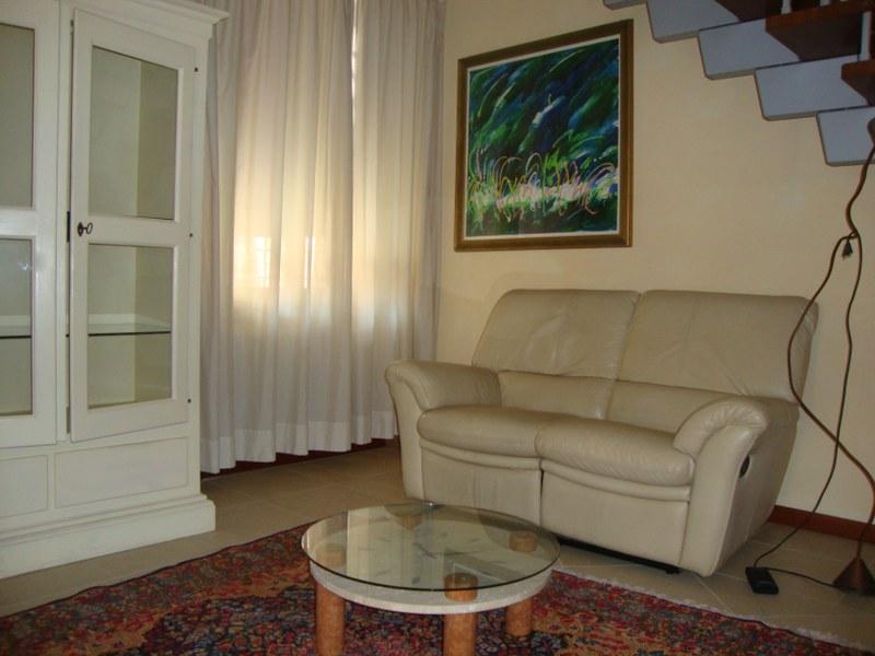 Appartamento in affitto a Ferrara, 2 locali, zona Località: Centrostorico, prezzo € 600 | Cambio Casa.it