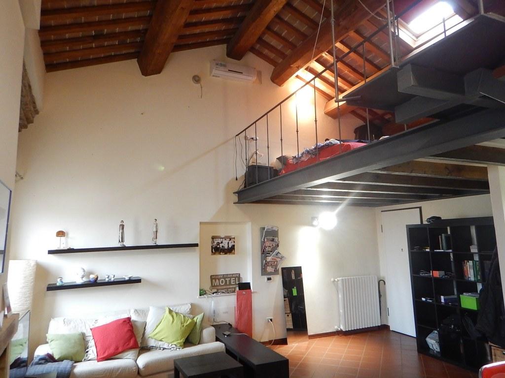Appartamento in affitto a Ferrara, 2 locali, zona Località: Centrostorico, prezzo € 480 | CambioCasa.it