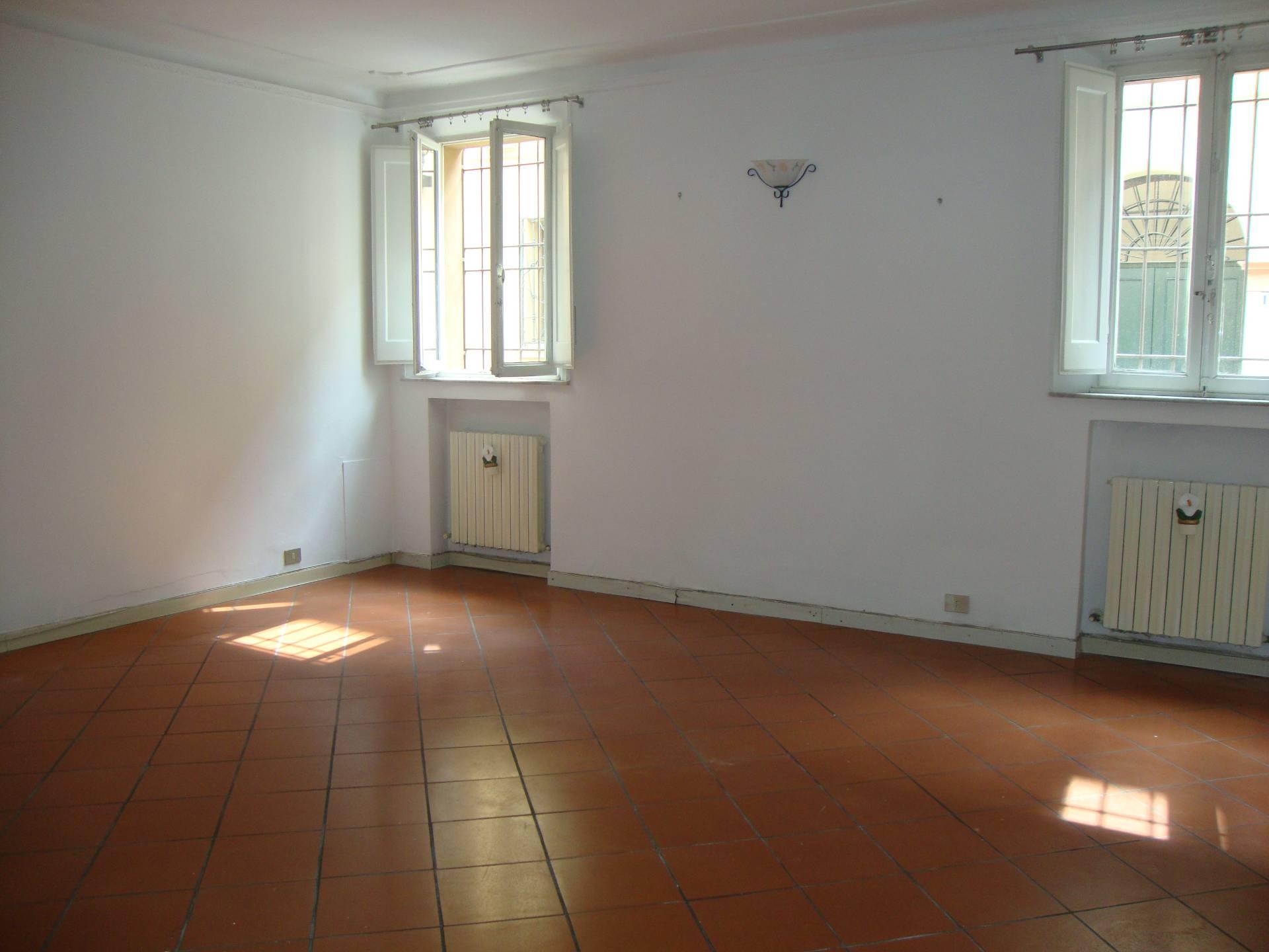 Appartamento in affitto a Ferrara, 3 locali, zona Località: Centrostorico, prezzo € 600 | CambioCasa.it