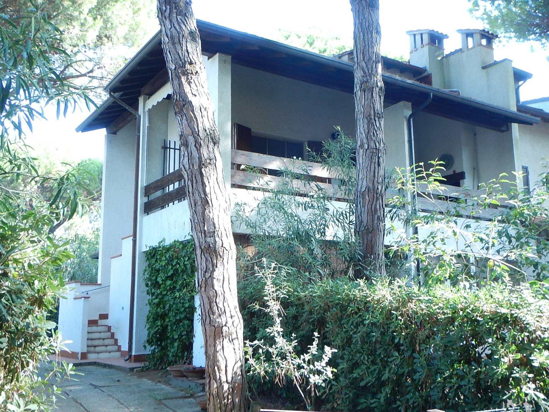 Soluzione Indipendente in vendita a Comacchio, 5 locali, zona Località: LidodiSpina, prezzo € 220.000 | CambioCasa.it