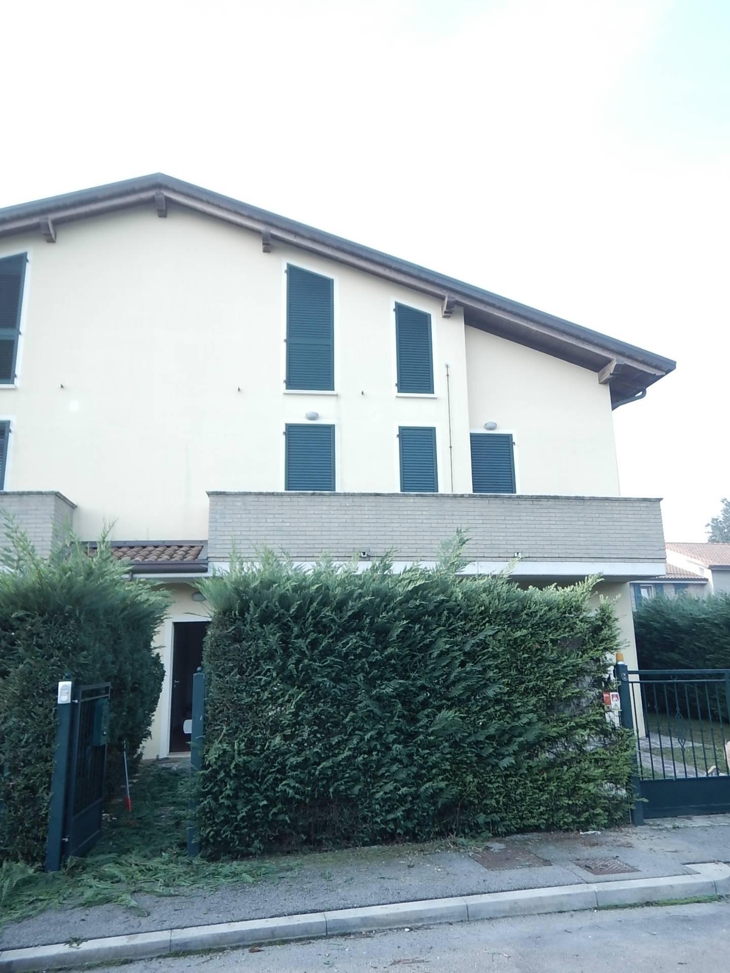 Soluzione Indipendente in affitto a Copparo, 4 locali, zona Zona: Tamara, prezzo € 700 | CambioCasa.it