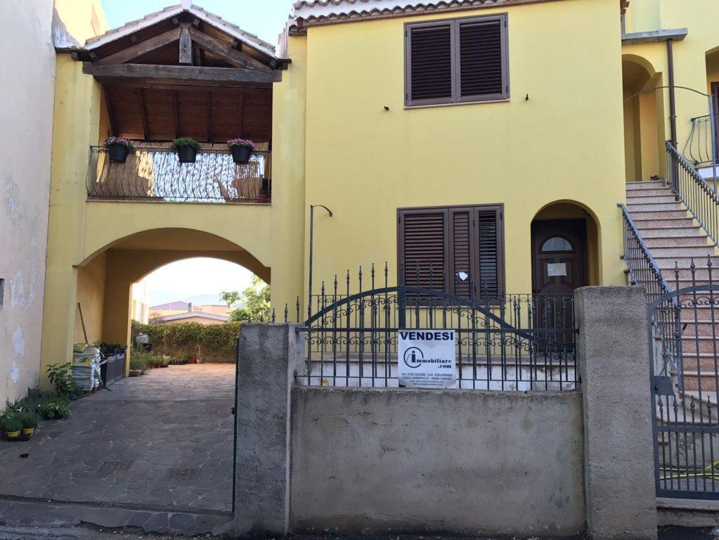 Appartamento in vendita a Baunei, 2 locali, zona Località: S.aMariaNavarrese, prezzo € 105.000 | CambioCasa.it
