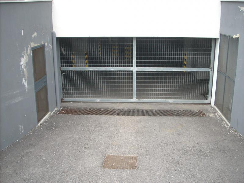 Box / Garage in vendita a Santa Maria Capua Vetere, 9999 locali, prezzo € 13.500 | CambioCasa.it