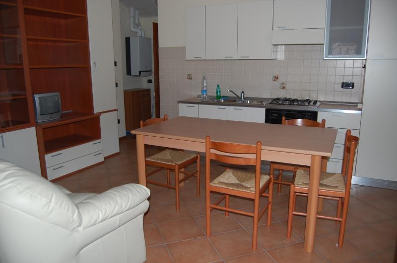 Attico / Mansarda in affitto a Monteforte Irpino, 2 locali, prezzo € 270 | Cambio Casa.it