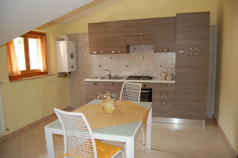 Attico / Mansarda in affitto a Monteforte Irpino, 1 locali, zona Località: Borgo, prezzo € 200 | Cambio Casa.it