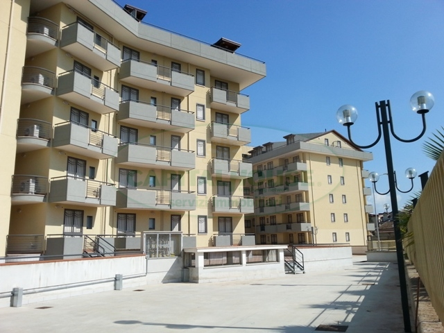 Appartamento in vendita a San Nicola la Strada, 3 locali, zona Località: ExS.Gobain, prezzo € 225.000 | Cambio Casa.it