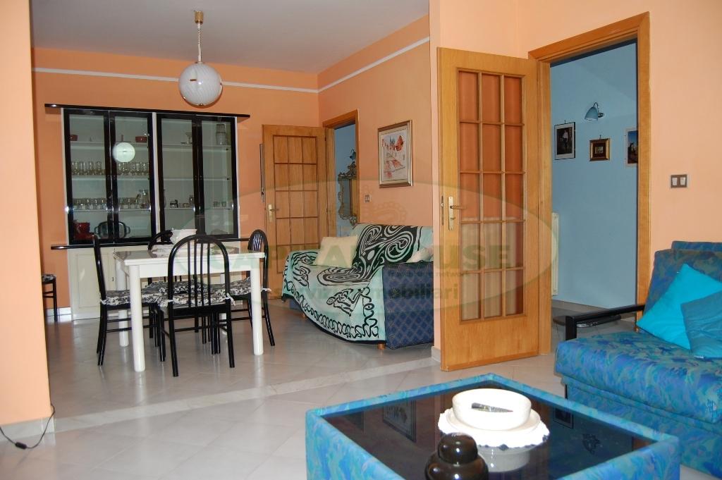 Appartamento in vendita a Contrada, 3 locali, prezzo € 115.000 | Cambio Casa.it