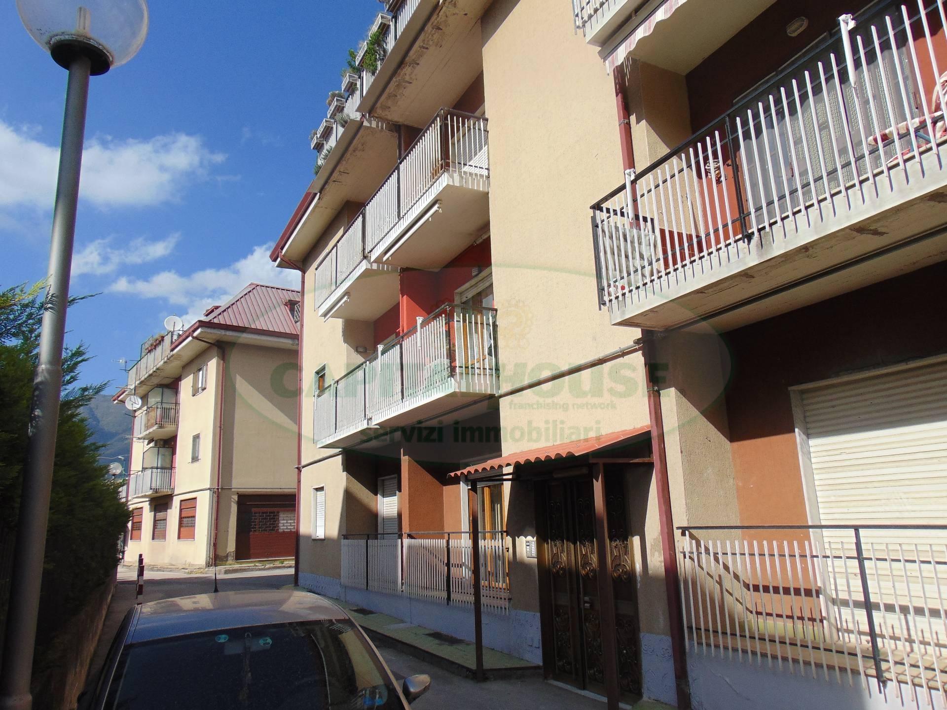 Appartamento in vendita a Sperone, 3 locali, prezzo € 55.000 | CambioCasa.it