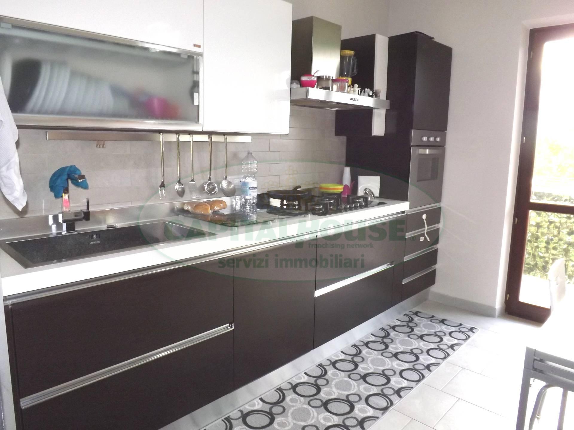 Appartamento in vendita a Prata di Principato Ultra, 3 locali, prezzo € 97.000 | Cambio Casa.it