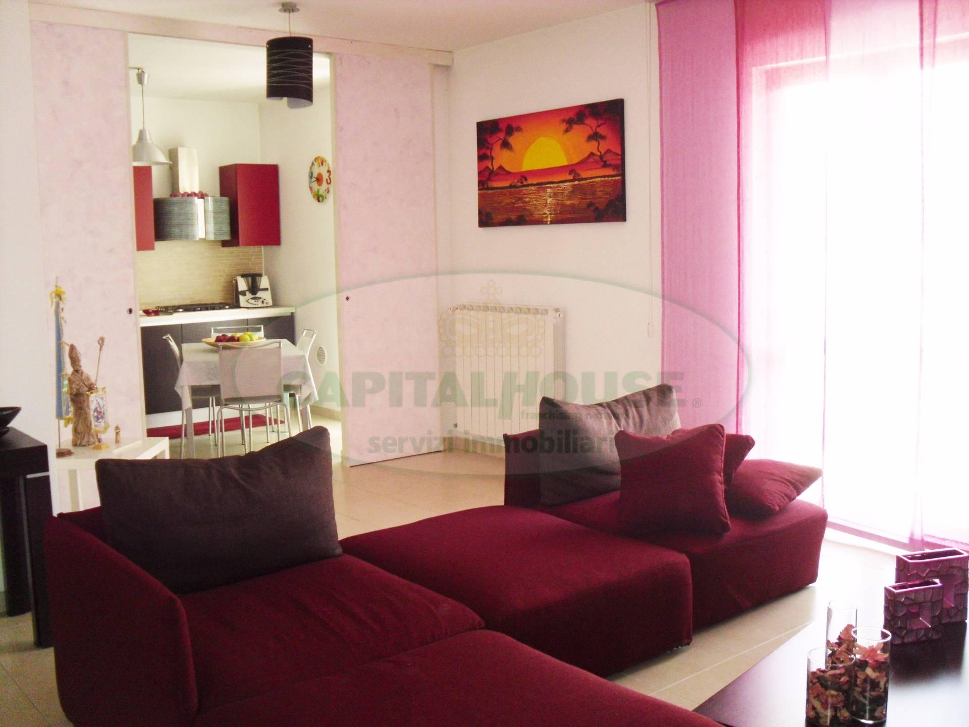Appartamento in vendita a Cimitile, 4 locali, prezzo € 190.000 | Cambio Casa.it