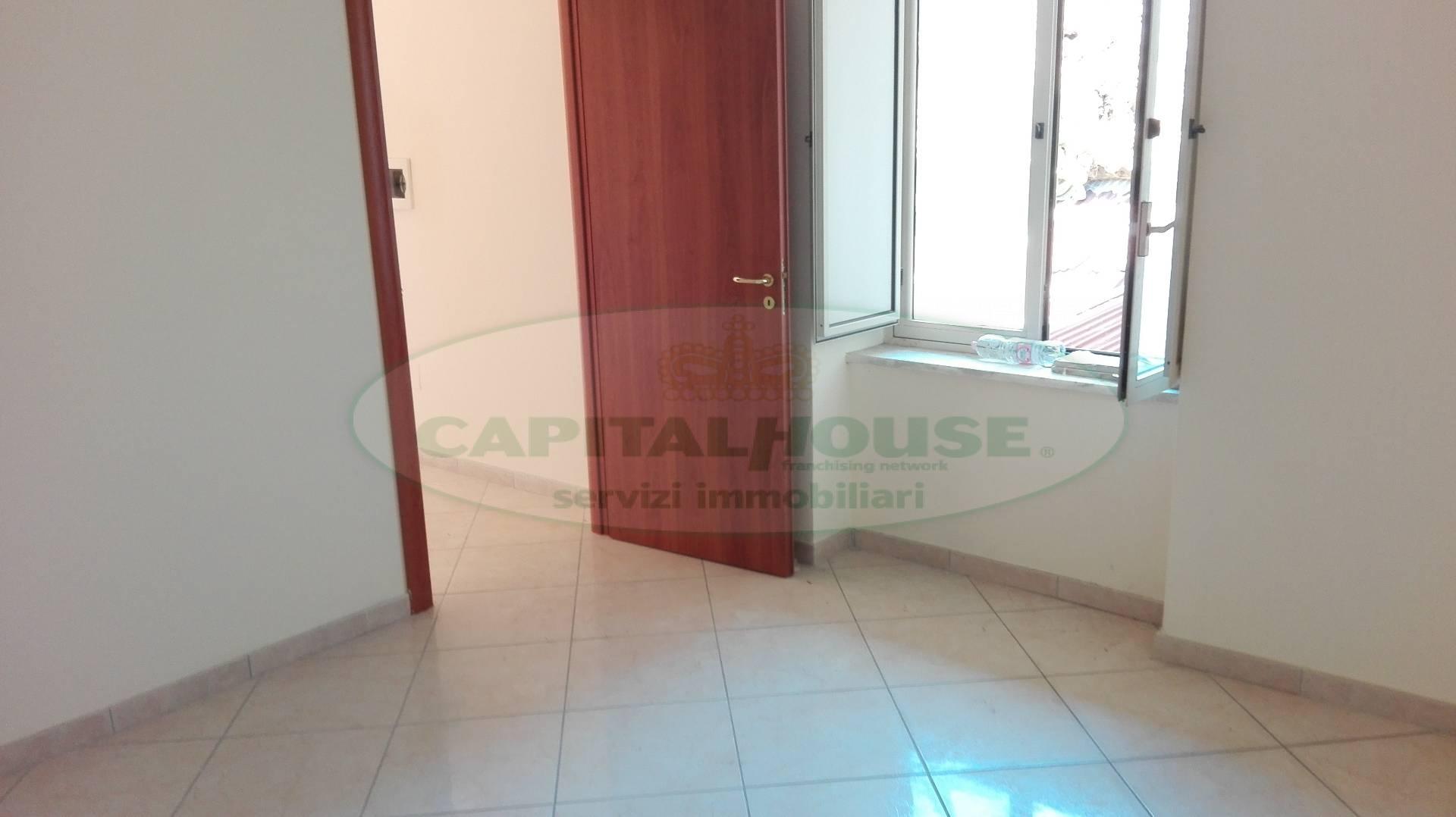 Appartamento in vendita a Macerata Campania, 2 locali, zona Zona: Caturano, prezzo € 39.000 | Cambio Casa.it