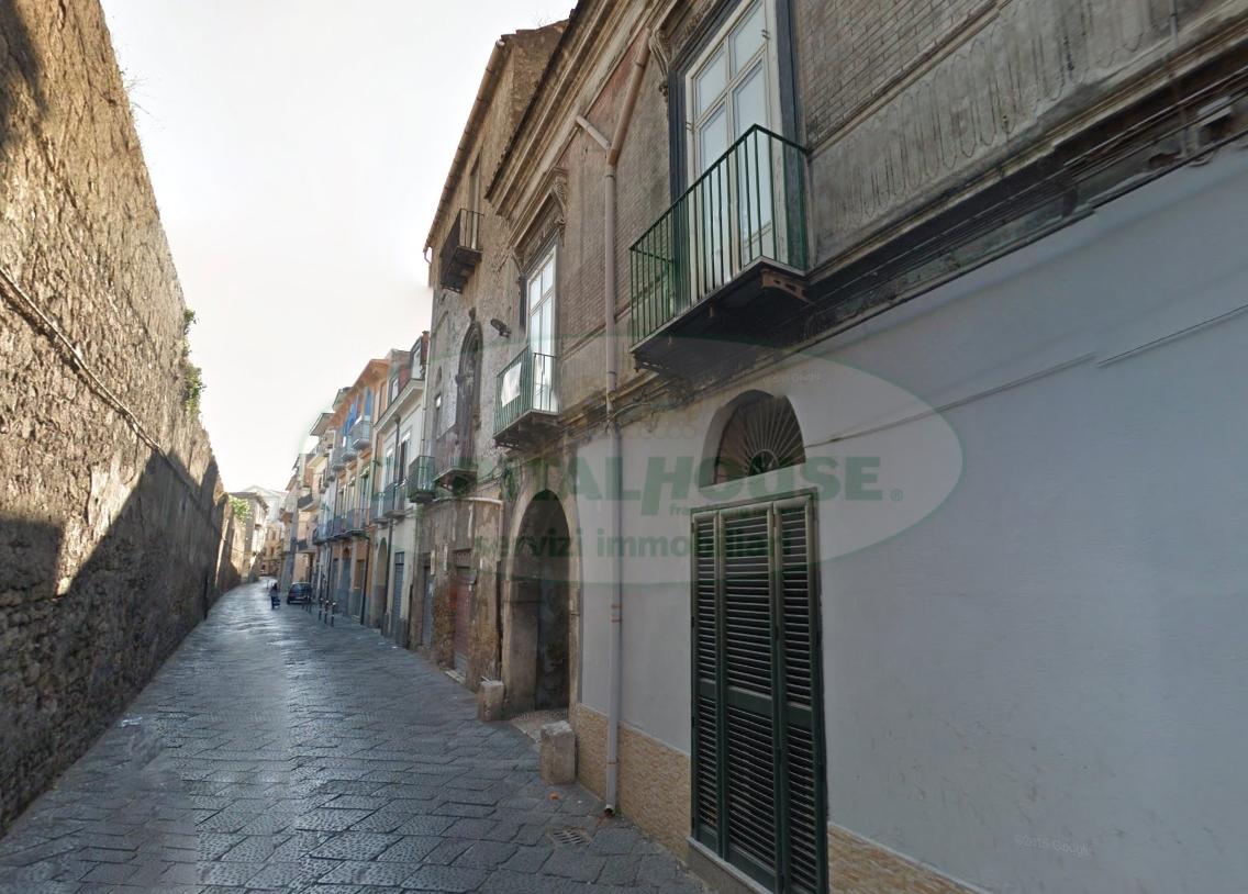 Bilocale Nola Via Santa Chiara 9