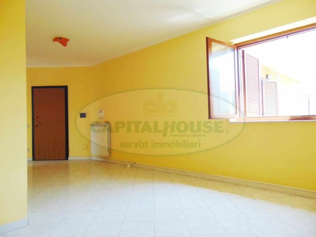 Appartamento in vendita a Sirignano, 3 locali, prezzo € 96.000 | Cambio Casa.it