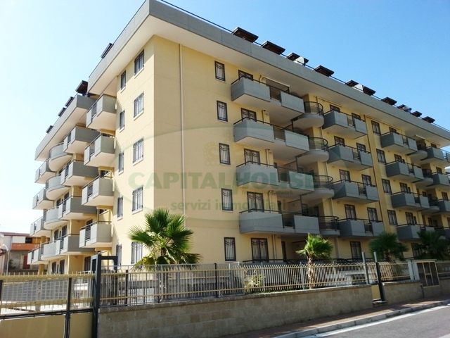 Appartamento in affitto a San Nicola la Strada, 3 locali, zona Località: ExS.Gobain, prezzo € 430 | CambioCasa.it