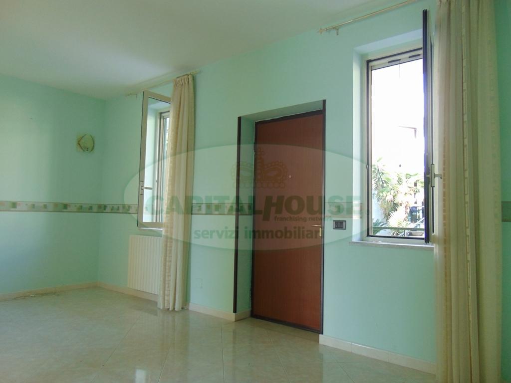 Appartamento in vendita a Sirignano, 4 locali, prezzo € 138.000 | Cambio Casa.it