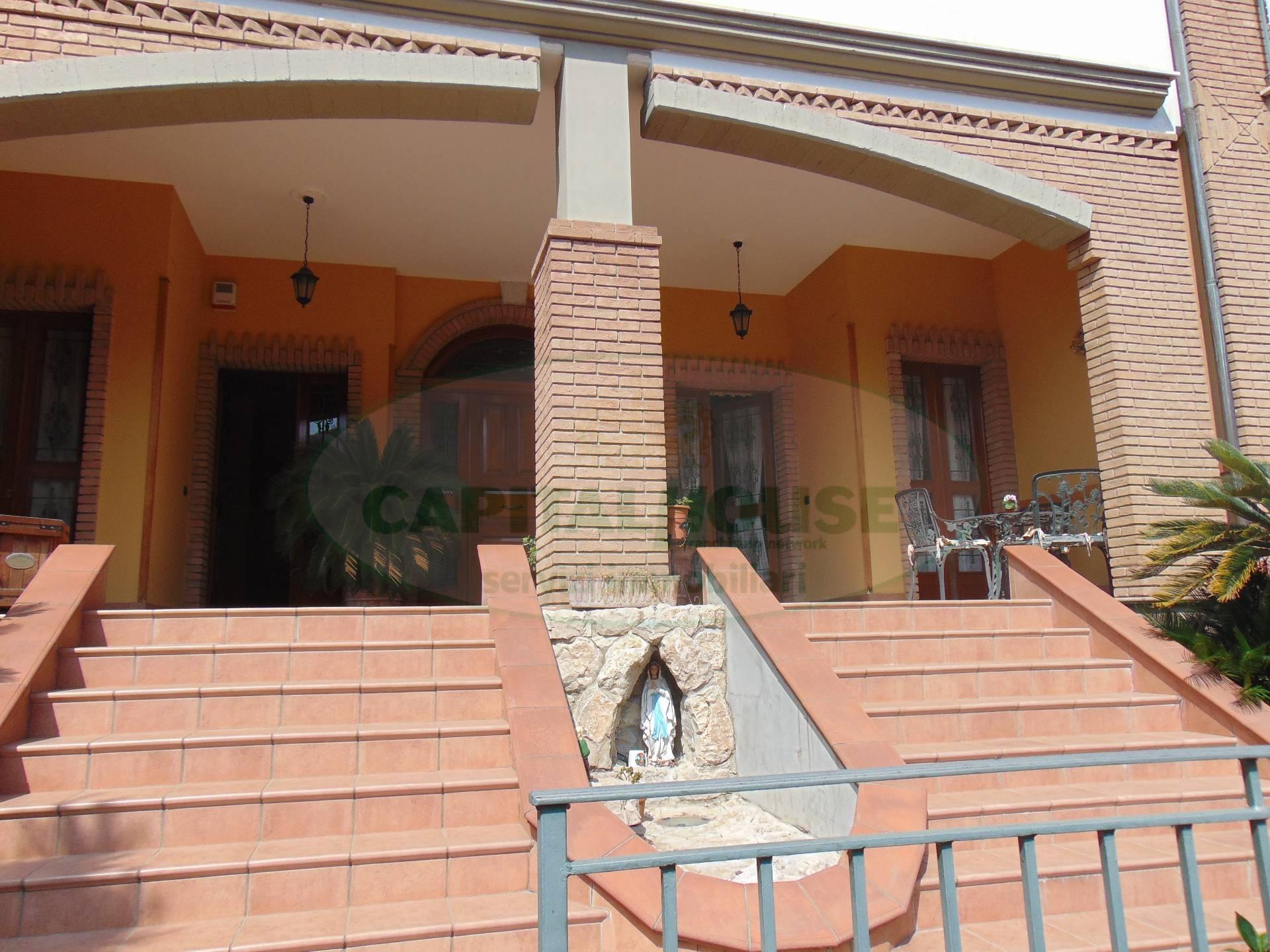 Ufficio / Studio in affitto a Quadrelle, 9999 locali, prezzo € 500 | Cambio Casa.it