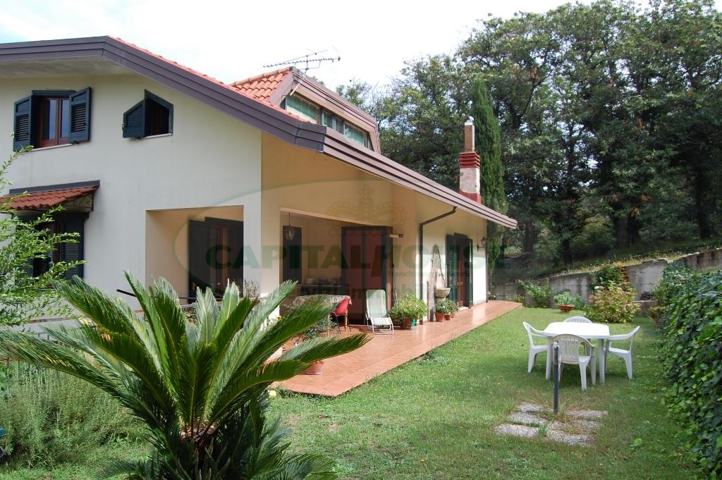 Villa in vendita a Monteforte Irpino, 4 locali, zona Località: AldoMoro, prezzo € 380.000 | Cambio Casa.it
