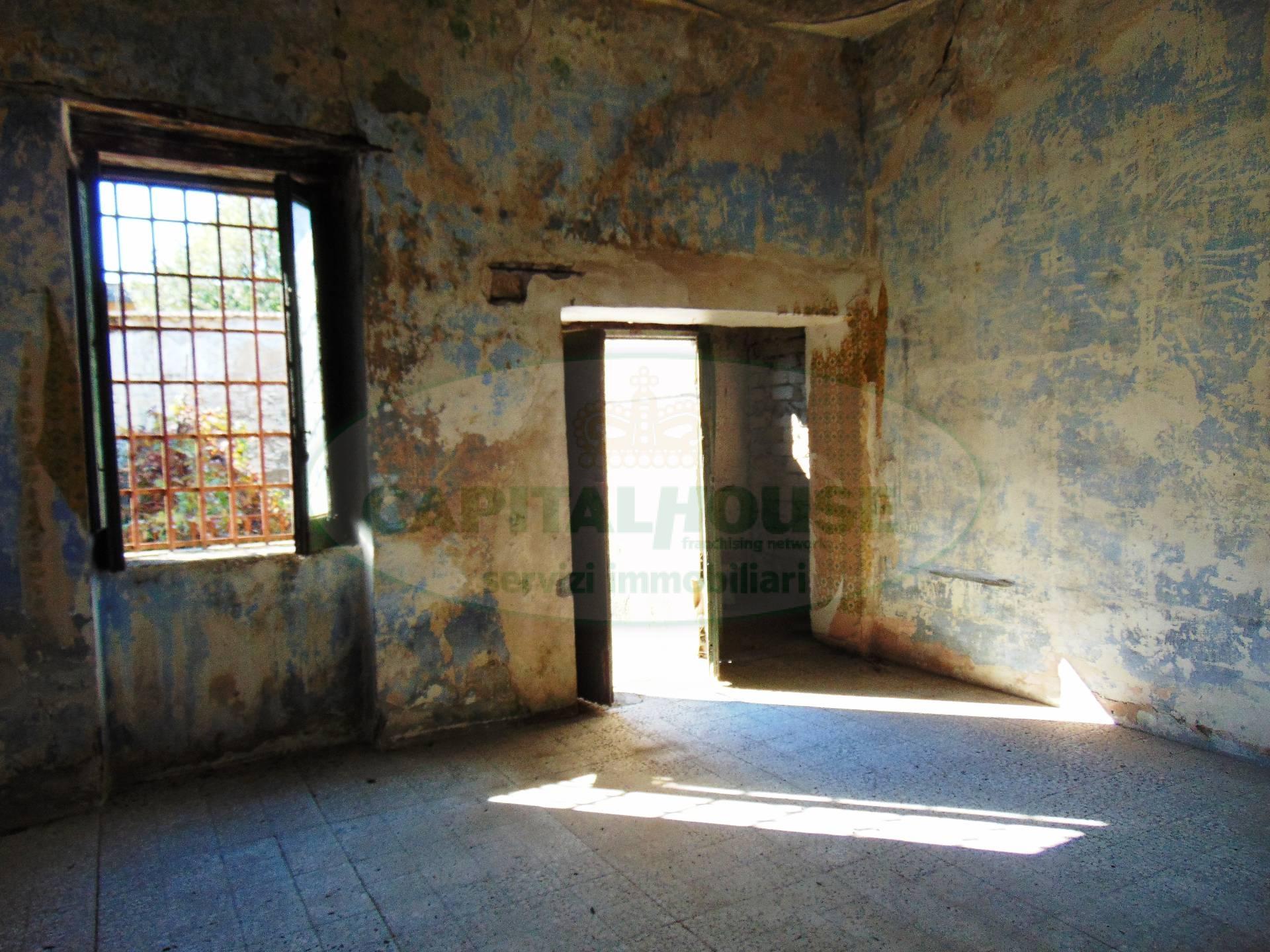 Bilocale Sirignano Via Marconi 4