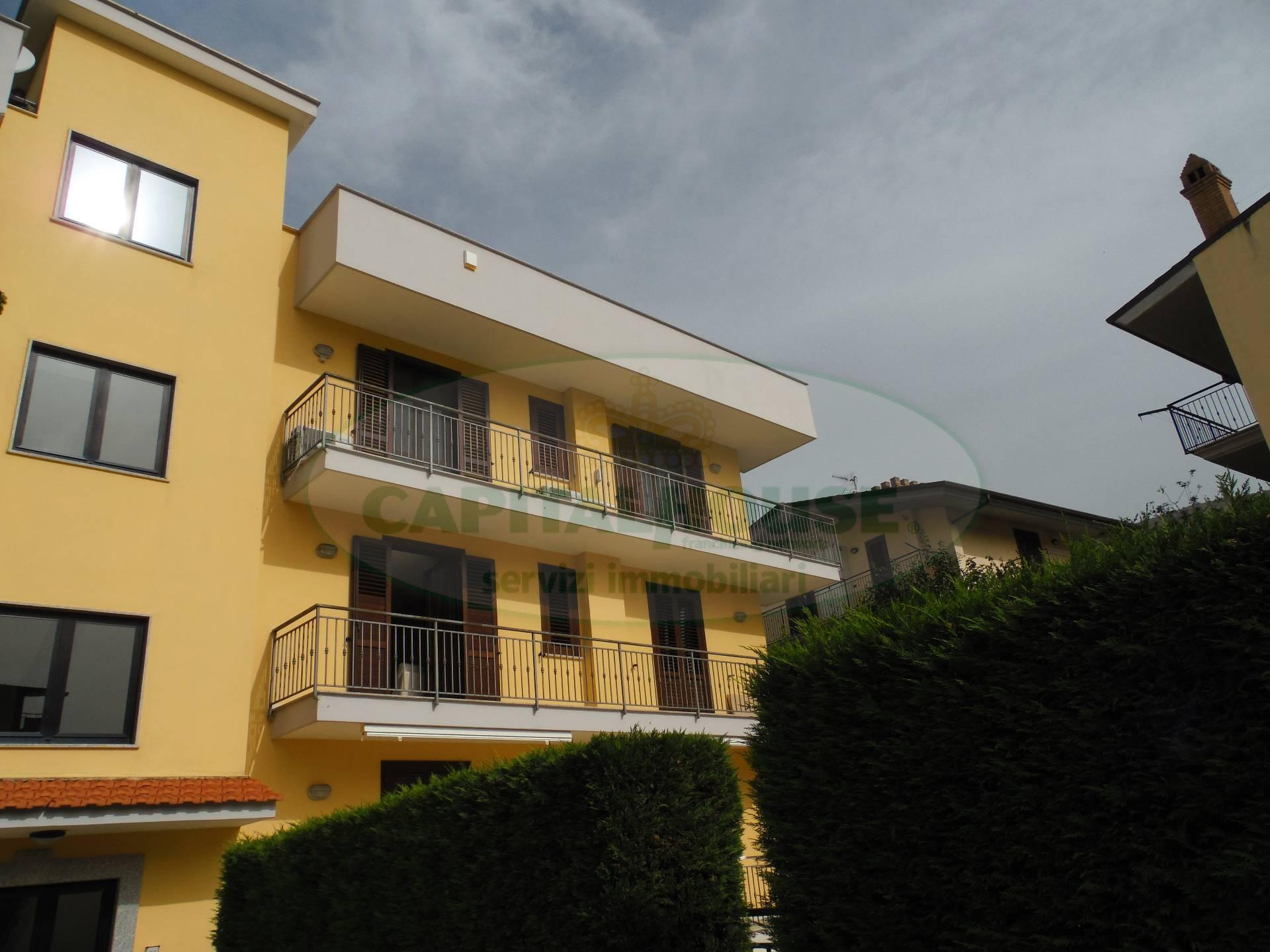 Appartamento in vendita a Sirignano, 4 locali, prezzo € 153.000 | CambioCasa.it