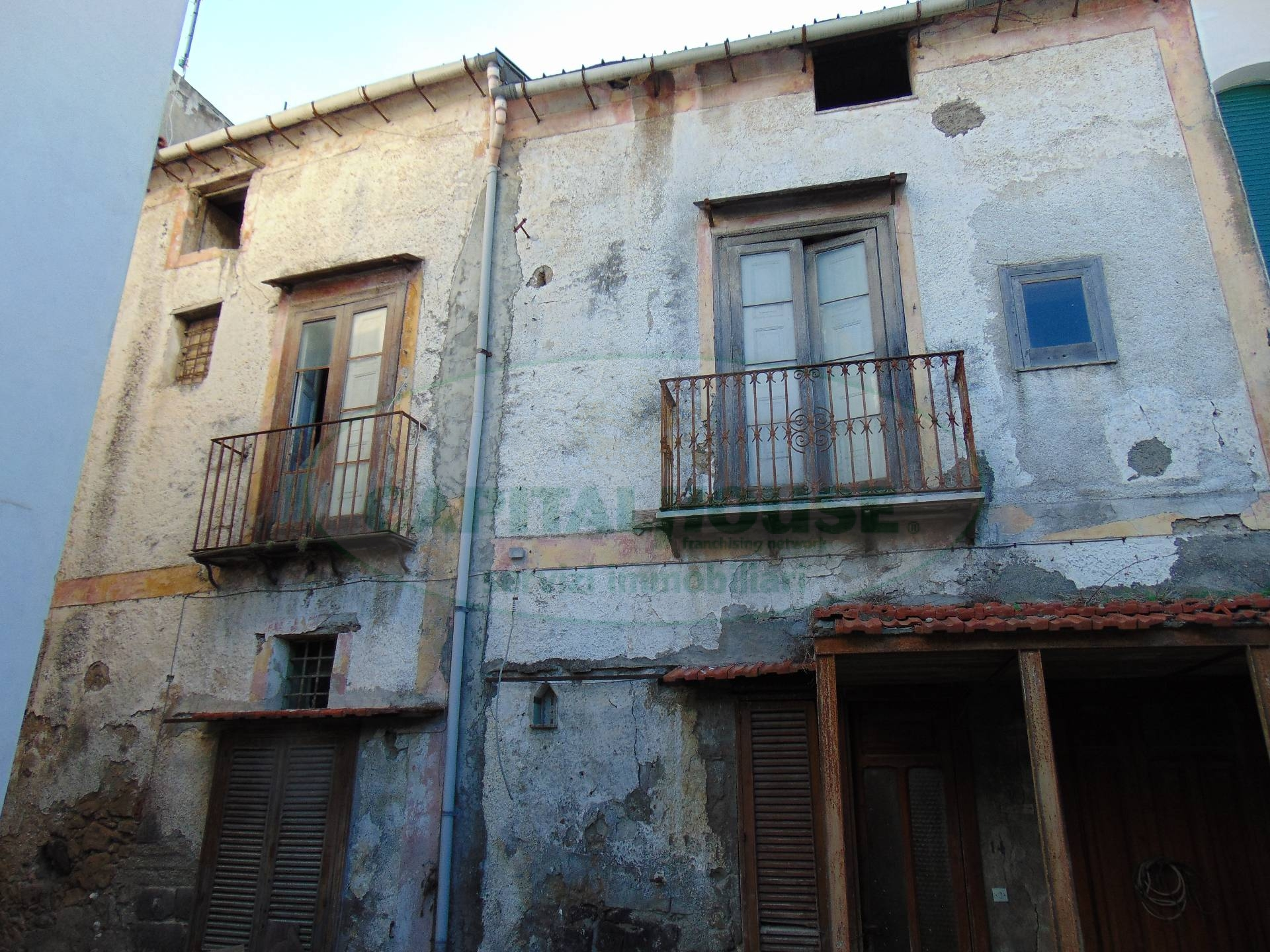 Soluzione Indipendente in vendita a Mugnano del Cardinale, 7 locali, prezzo € 43.000 | Cambio Casa.it