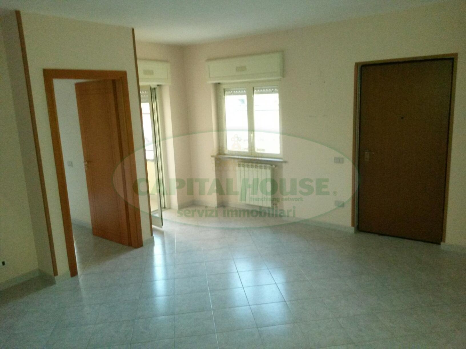 Appartamento in affitto a Macerata Campania, 3 locali, zona Zona: Casalba, prezzo € 330 | Cambio Casa.it