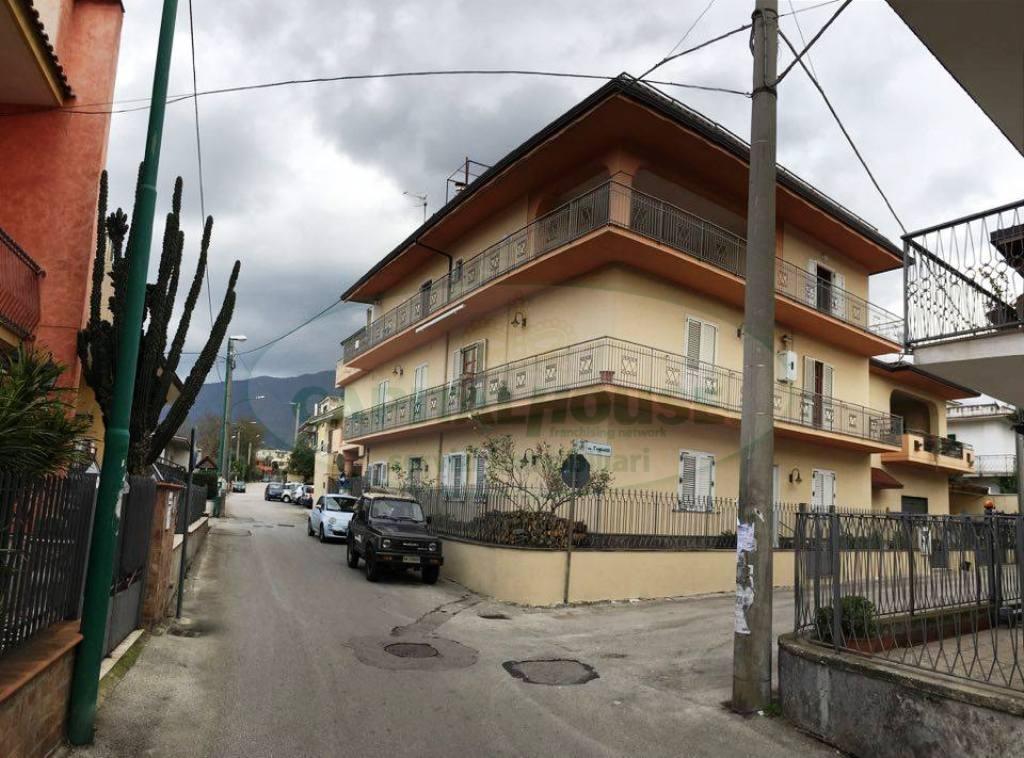 Appartamento in vendita a Sperone, 4 locali, prezzo € 145.000 | Cambio Casa.it