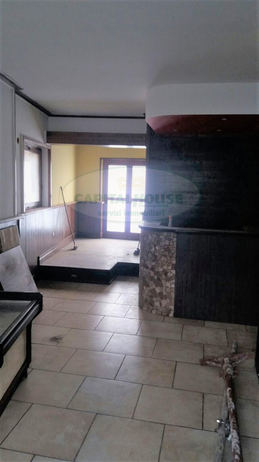 Negozio / Locale in affitto a Avellino, 9999 locali, zona Località: ViaFrancescoTedesco, prezzo € 350 | Cambio Casa.it