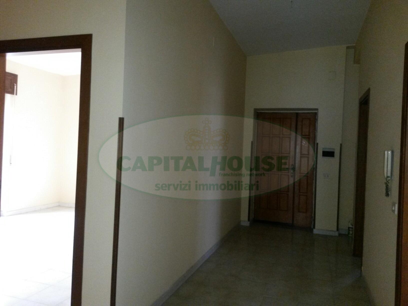 Appartamento in affitto a Portico di Caserta, 3 locali, prezzo € 290 | Cambio Casa.it