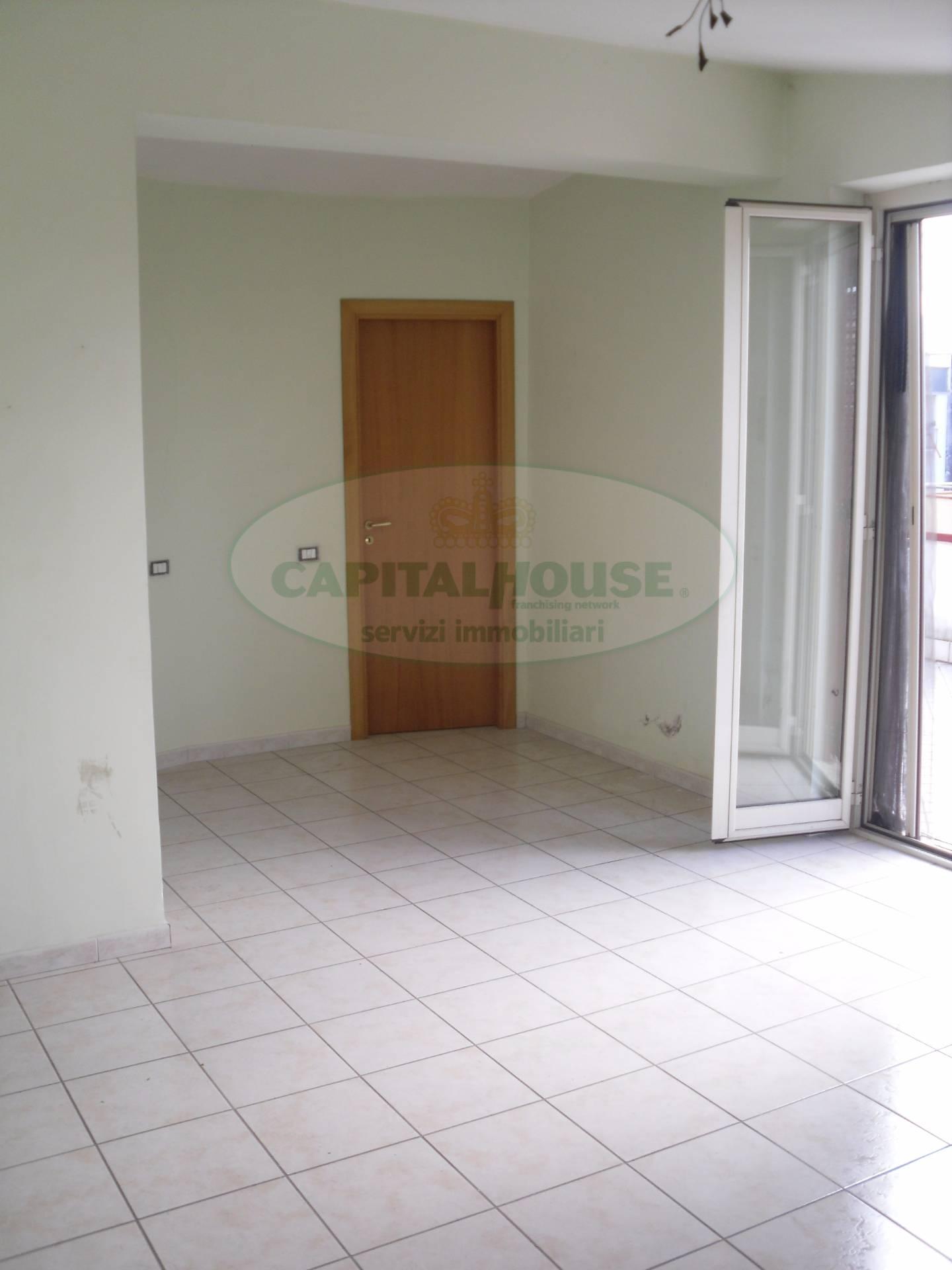 Attico / Mansarda in affitto a Nola, 2 locali, prezzo € 400   Cambio Casa.it
