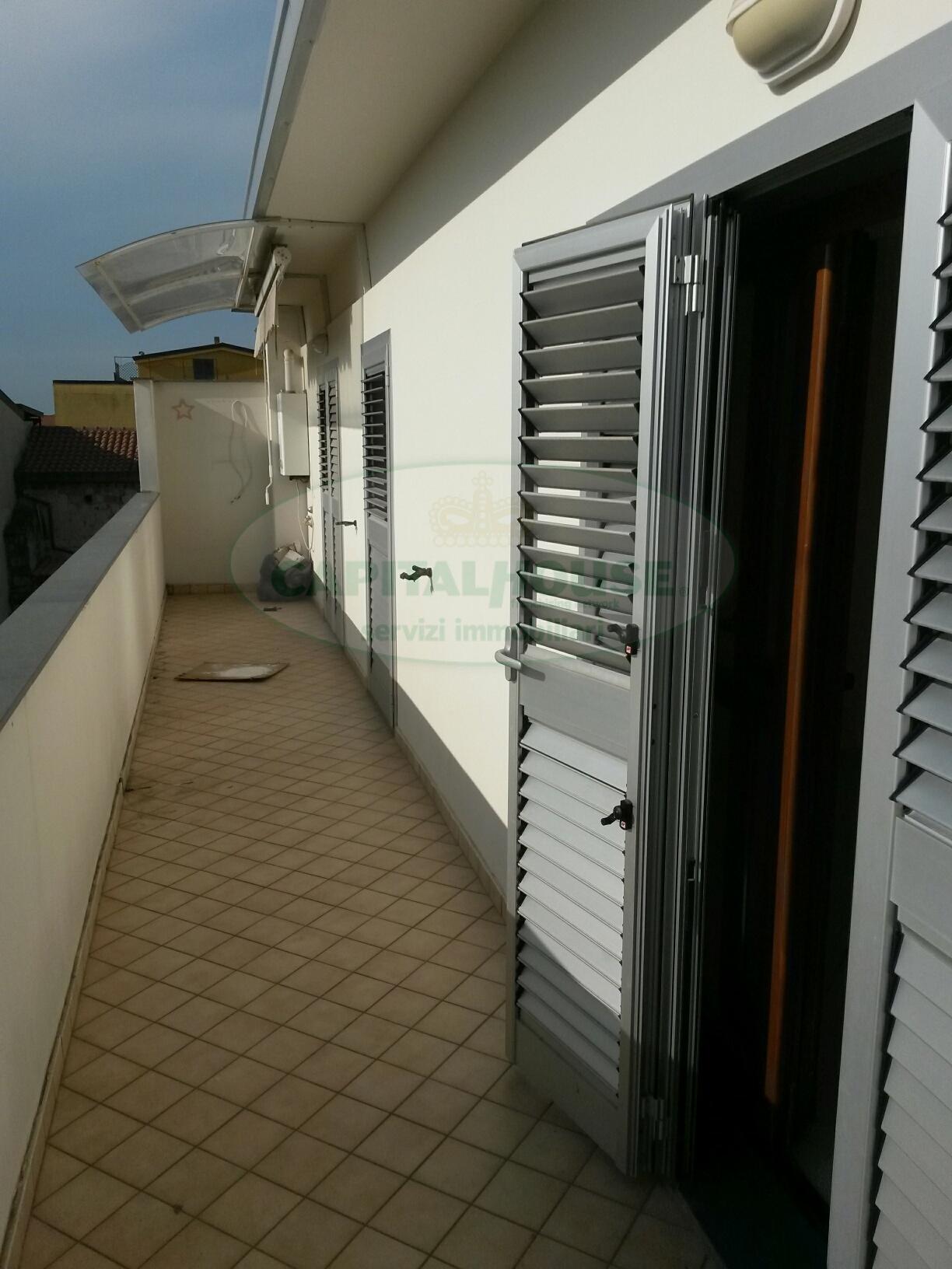 Attico / Mansarda in affitto a Recale, 4 locali, prezzo € 400 | Cambio Casa.it