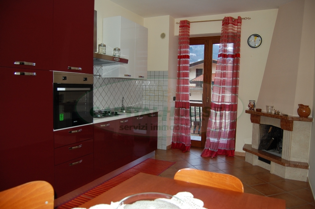 Appartamento in affitto a Monteforte Irpino, 3 locali, zona Località: Nazionale, prezzo € 350 | Cambio Casa.it