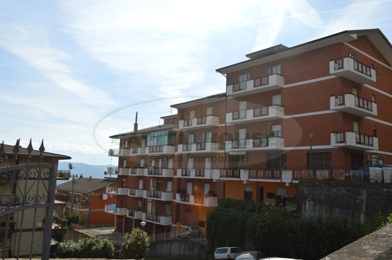 Appartamento in affitto a Mercogliano, 3 locali, prezzo € 370 | CambioCasa.it
