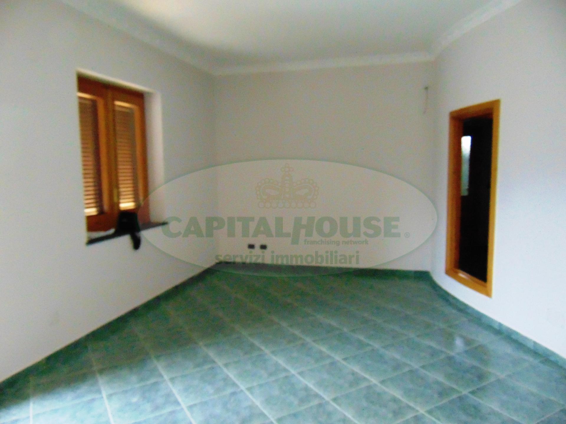 Appartamento in affitto a Avella, 4 locali, prezzo € 550 | Cambio Casa.it