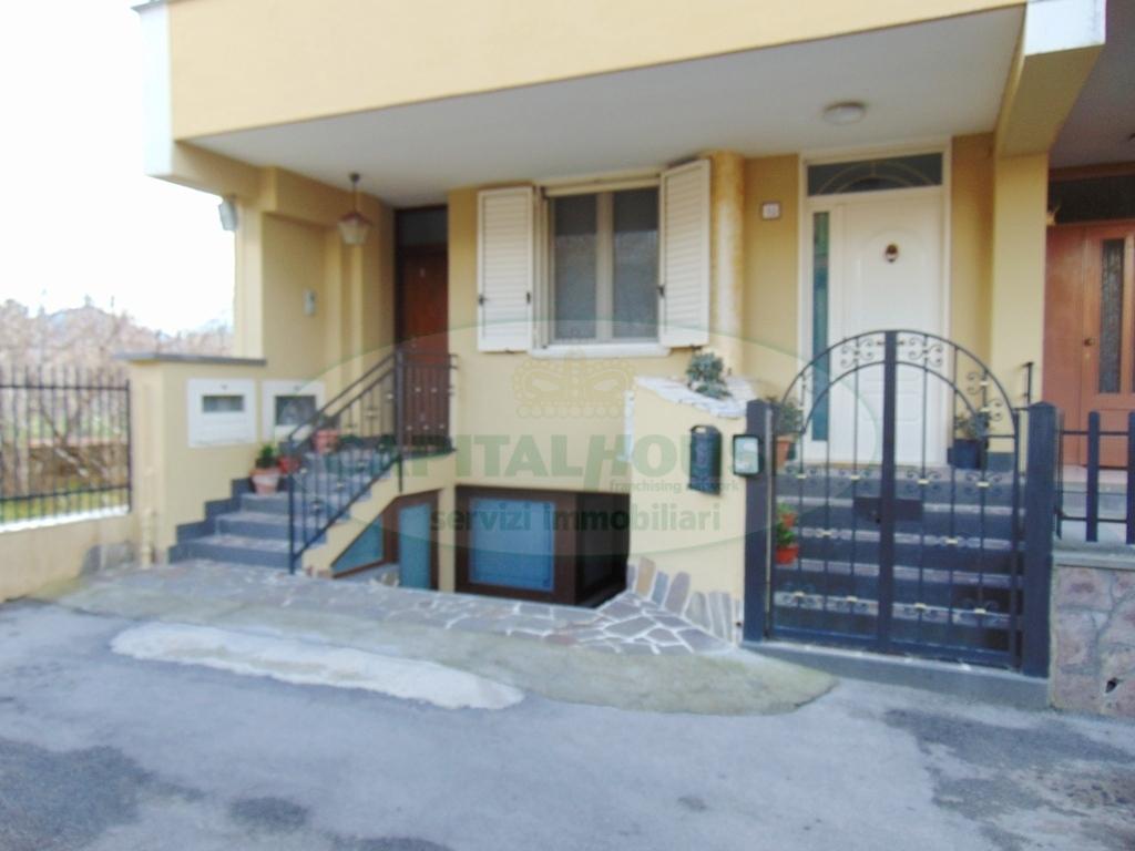 Appartamento in affitto a Avella, 4 locali, prezzo € 500 | Cambio Casa.it