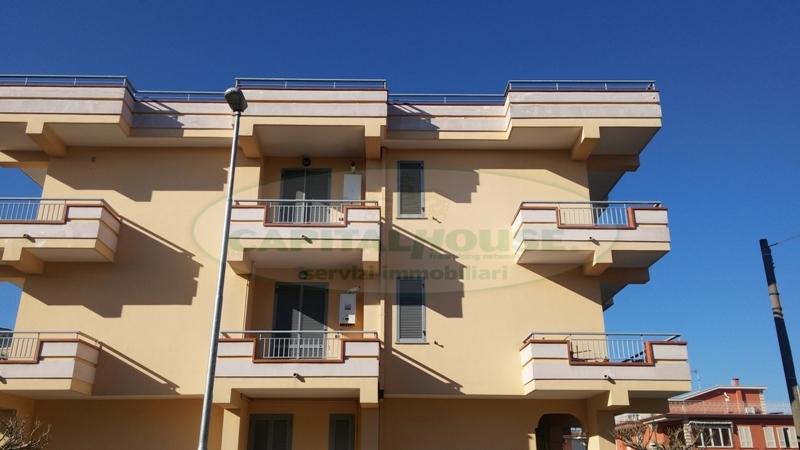 Appartamento in affitto a Cimitile, 4 locali, prezzo € 500 | Cambio Casa.it