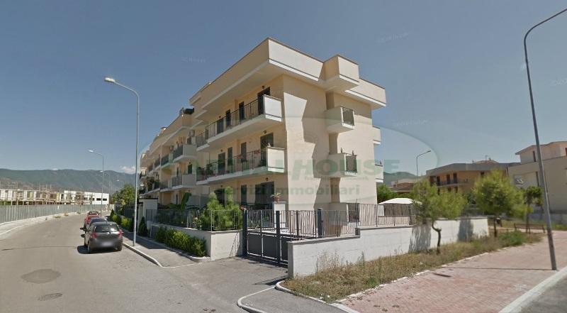 Appartamento in affitto a Cimitile, 4 locali, prezzo € 550 | Cambio Casa.it
