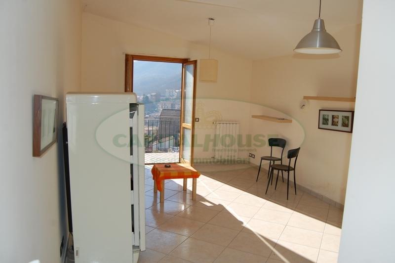Appartamento in affitto a Monteforte Irpino, 2 locali, zona Località: Centro, prezzo € 300 | Cambio Casa.it