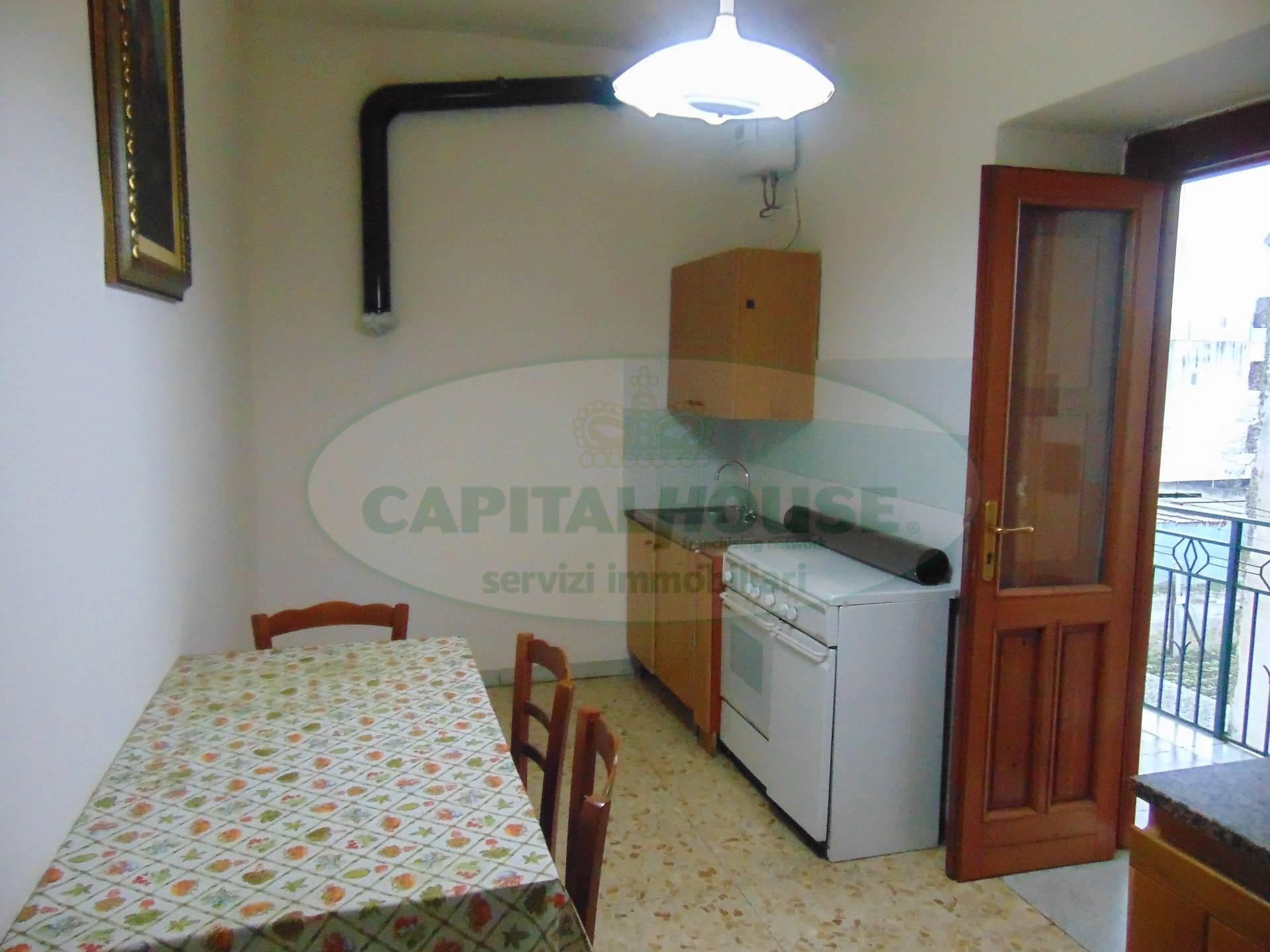 Appartamento in vendita a Avella, 3 locali, prezzo € 48.000 | Cambio Casa.it